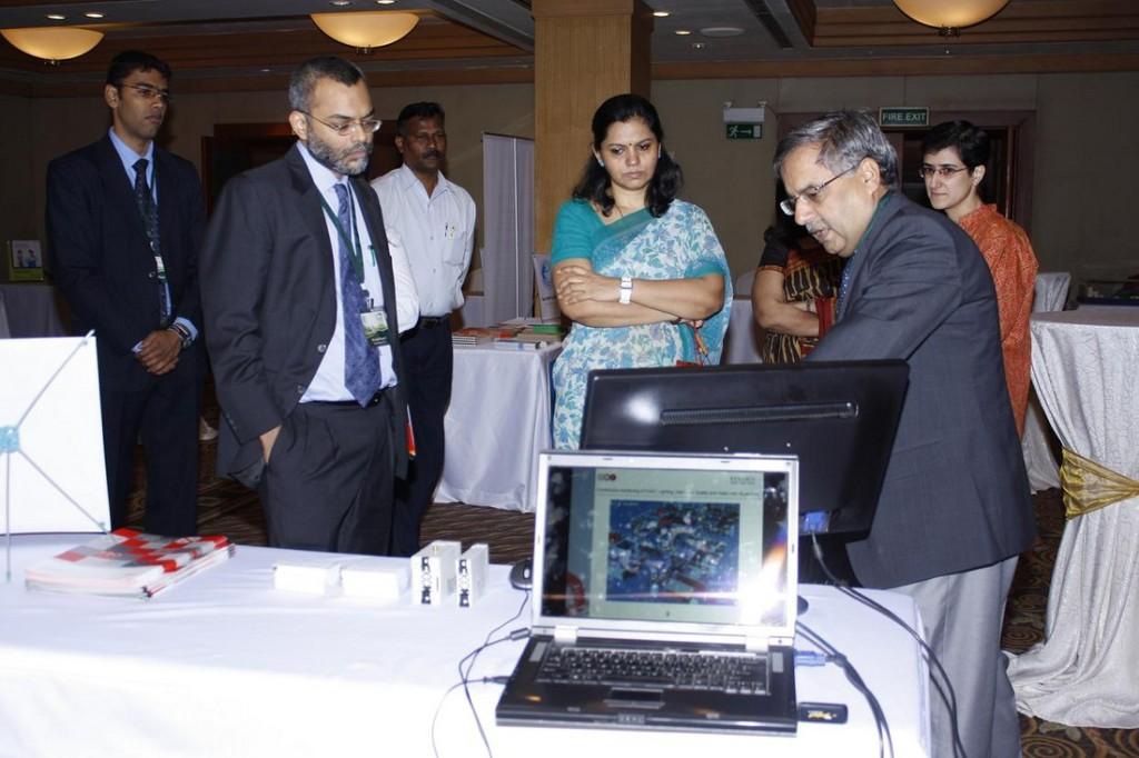 Ms. Valsa Nair Singh, Maharashtra State Secretary, Dept. of Environment at the Vendor Exhibition